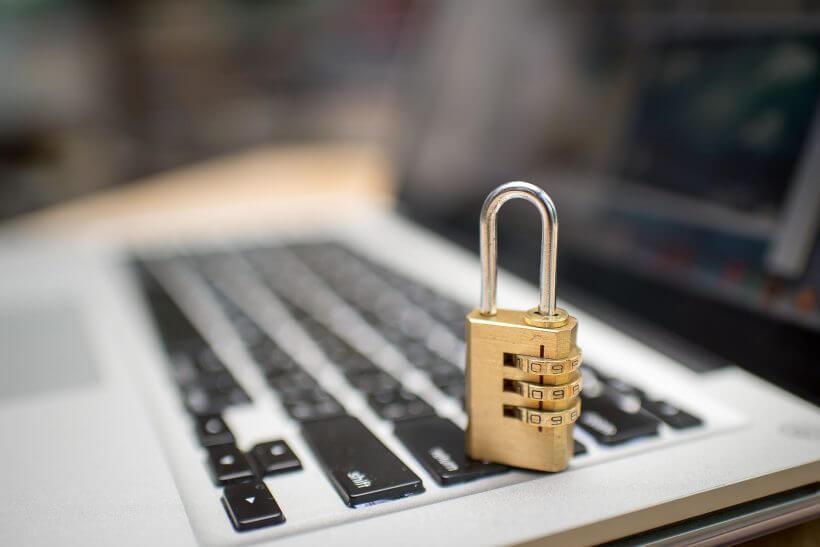 Zámek na klávesnici